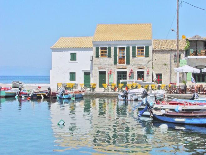 Griekenland-zeilvakantie-Paxos-paxos-loggos3ed