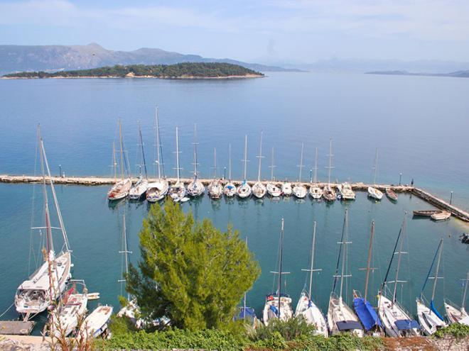 Corfu-stad-img_5158ed