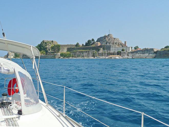 Corfu-stad-p1060453ed