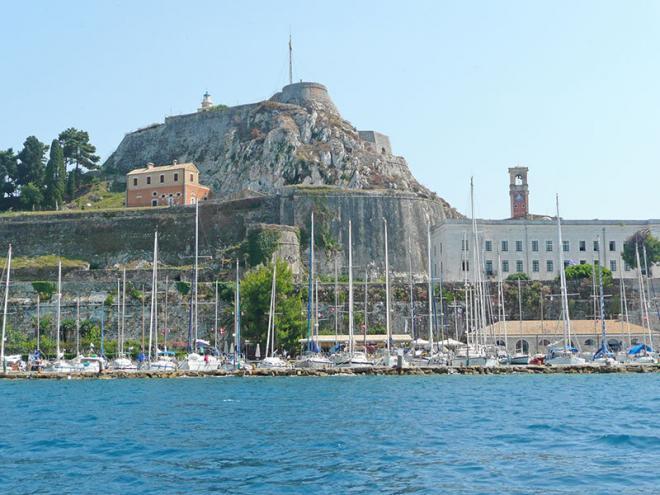 Corfu-stad-p1060439ed