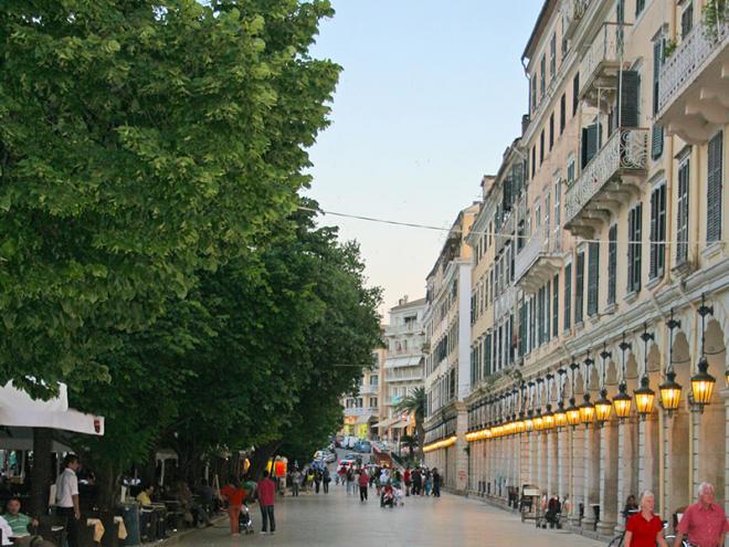 Corfu-stad-img_5154ed