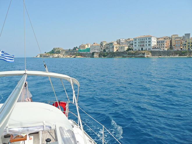 Corfu-stad-p1060478ed