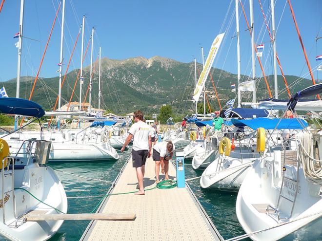 Griekenland-zeilvakantie-flottielje-zeilen-p1030693