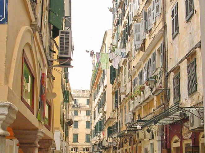 Corfu-stad-2